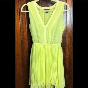 Victoria's Secret yellow pleated dress, sz XS